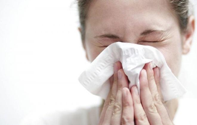 Кровь из горла при отхаркивании по утрам