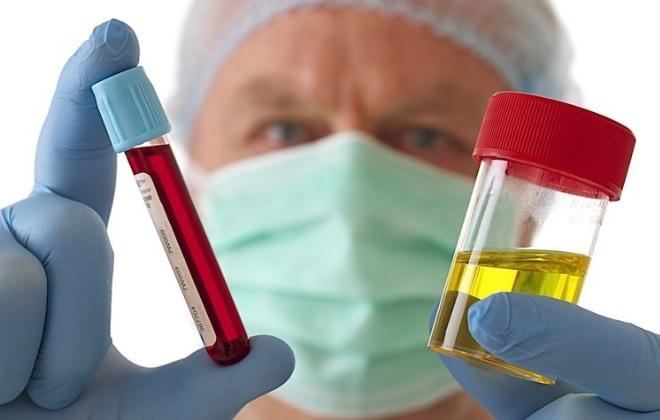 Посещение доктора с анализами мочи и крови